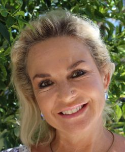 Susanne Forbes Marriage Celebrant Sunshine Coast QLD