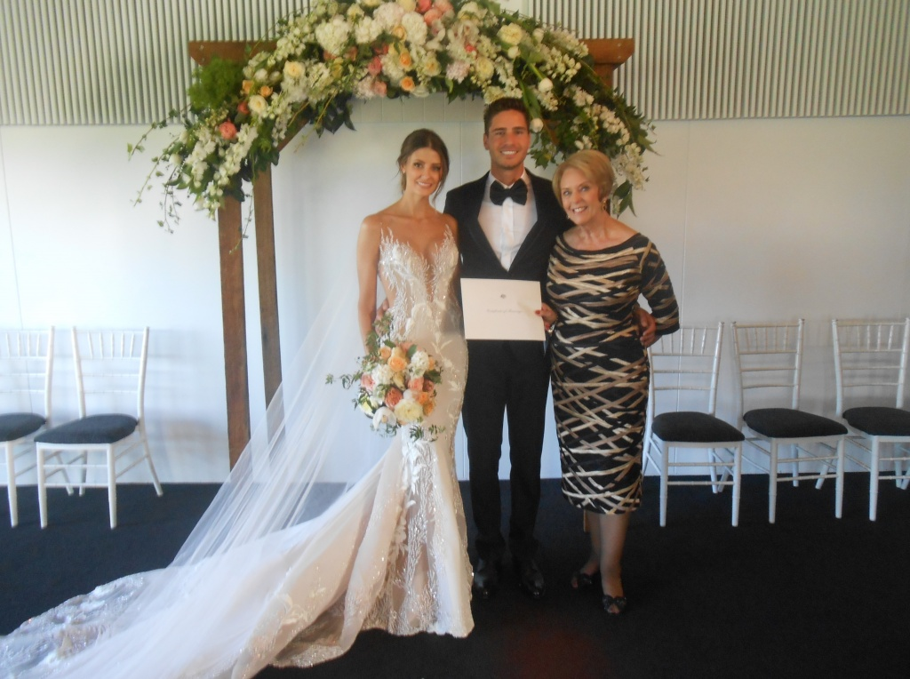 Gwen Inglis Marriage Celebrant Brisbane